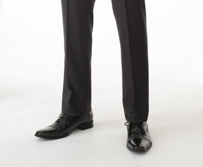 デニスラ デニムスラックス スラックス専門 おすすめ サイズ 着こなし